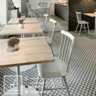 Kursi Meja Restoran Minimalis Silver