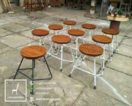 Stool Cafe Industrial Terbaru