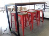 Kursi Meja Cafe Industrial Kaki Besi