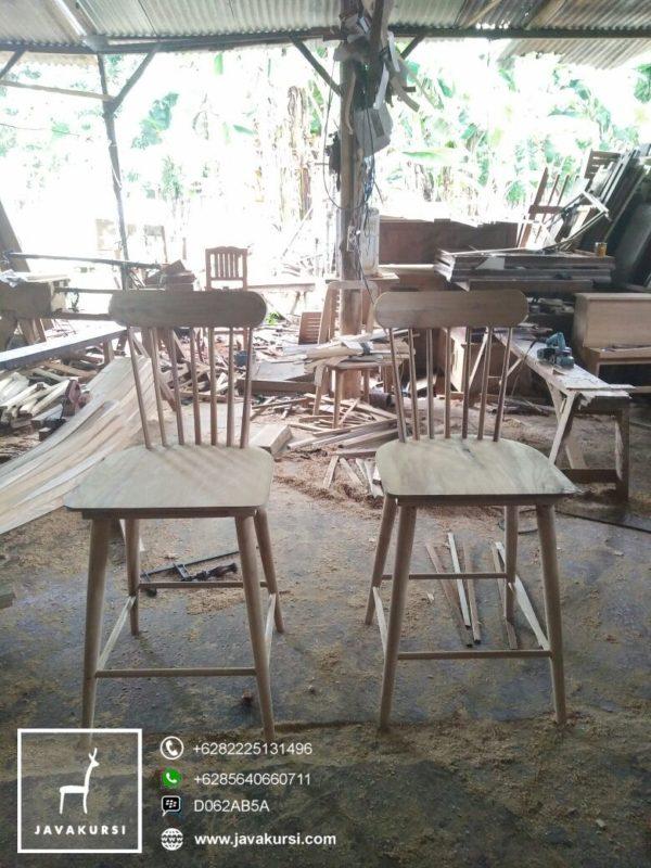 Kursi Bar Vintage Jepara, Kursi Makan Ukir Minimalis, kursi makan terbaru, jual kursi makan, kursi makan jati, kursi makan ukir, kursi makan jepara, harga kursi makan, jual kursi makan, java kursi, kursi makan mewah